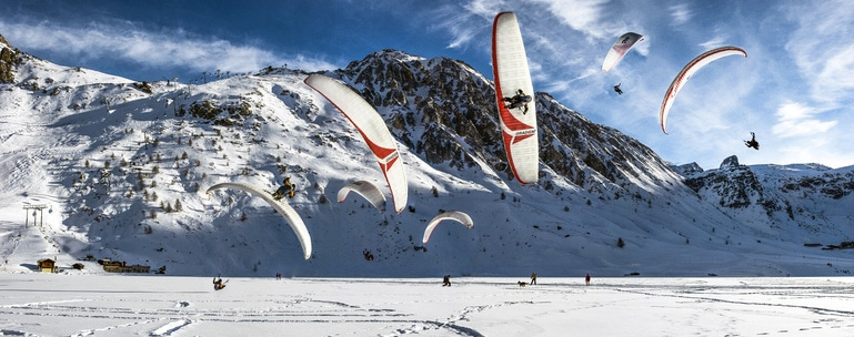 360 Landing on the frozen Lake by Antoine Montant